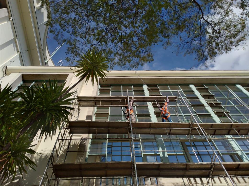 3. Montagem dos andaimes - fachada lateral